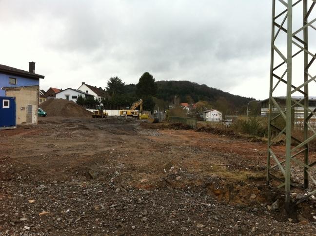 Bauarbeiten am zukünftigen Standort Bezirksstraße
